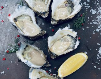 ½ doz Oysters (XL)
